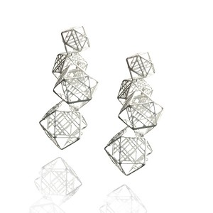 Jee Hye Kwon, Earrings