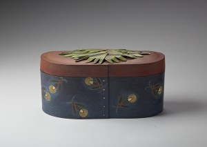 Marilyn da Silva. Sister Box: Fireflies.