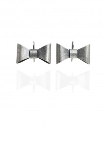 Yuri Tozuka Bow Earrings Large Dark