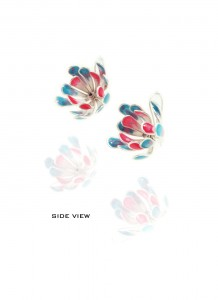 Yuri Tozuka Flower Earrings Sideview