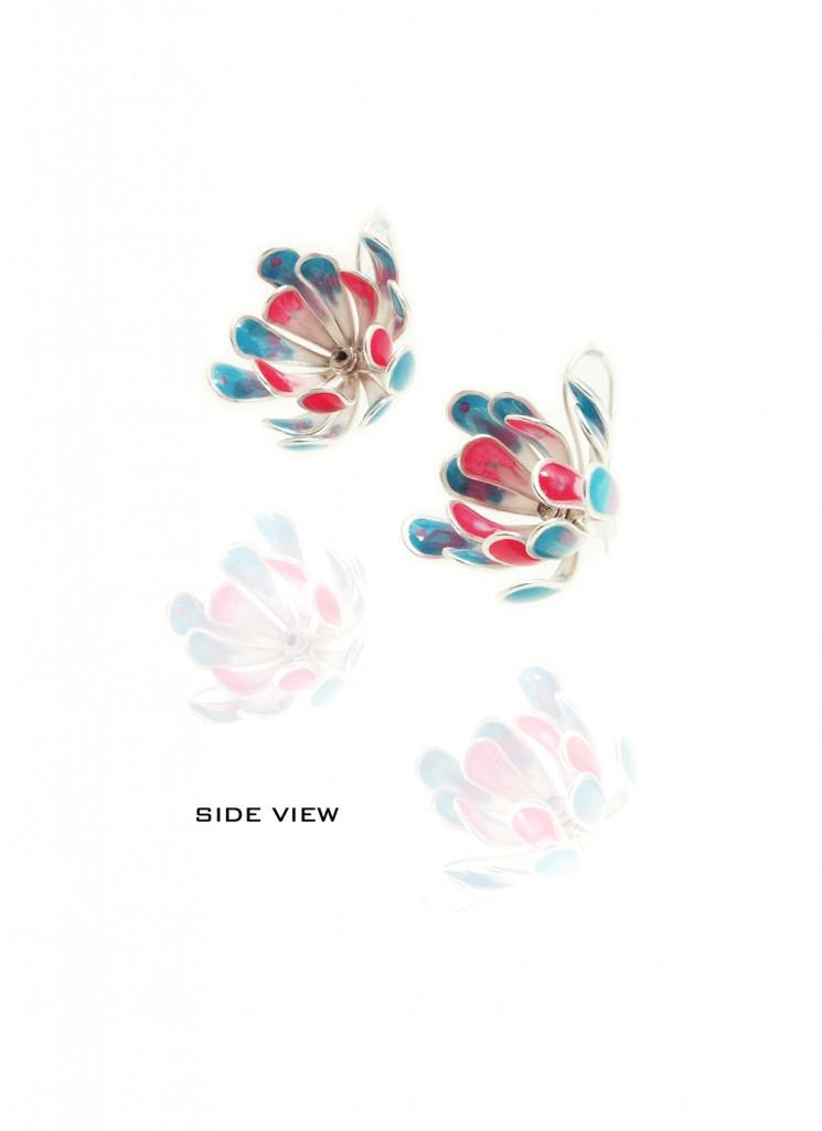 Yuri Tozuka Flower Earrings Sideview