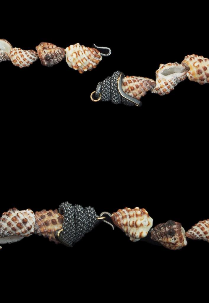 Hanne Behrens Round Shell Necklace