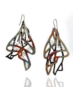 KwonJ_Earring_Pleated III_ Copper, Enamel, 18k gold, 1.5x2.75x0.5_2018