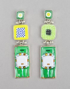 BarrD_Earrings_GreenHornet
