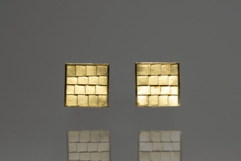 Earrings_GoldTile