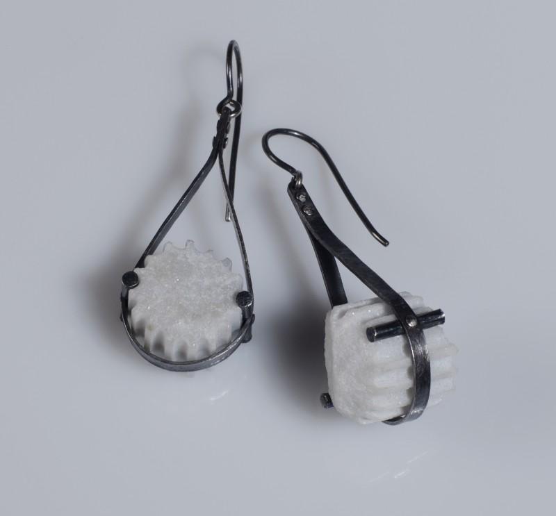 Fragment_sling_strap_earrings_web